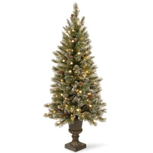 Glittery+Bristle+Pine+5%27+Green+Pine+Entrance+Artificial+Christmas+Tree+with+150+Soft+White+LED+Lights+with+Urn+Base